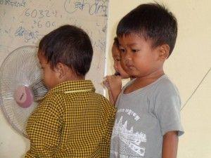 voluntariado en Camboya niños